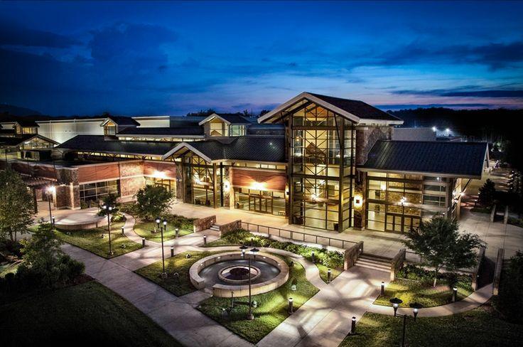Servierville Convention Center