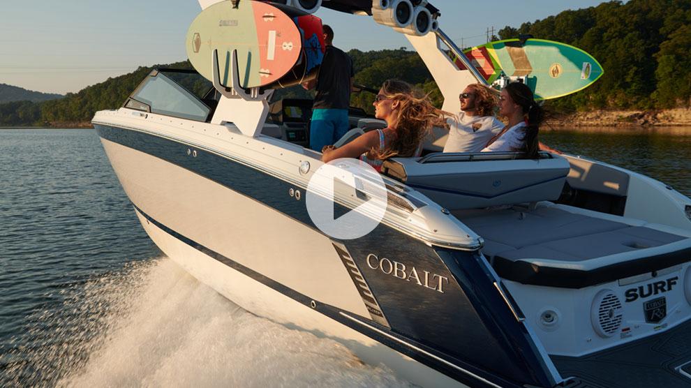 Cobalt R8 Surf - Product Tour